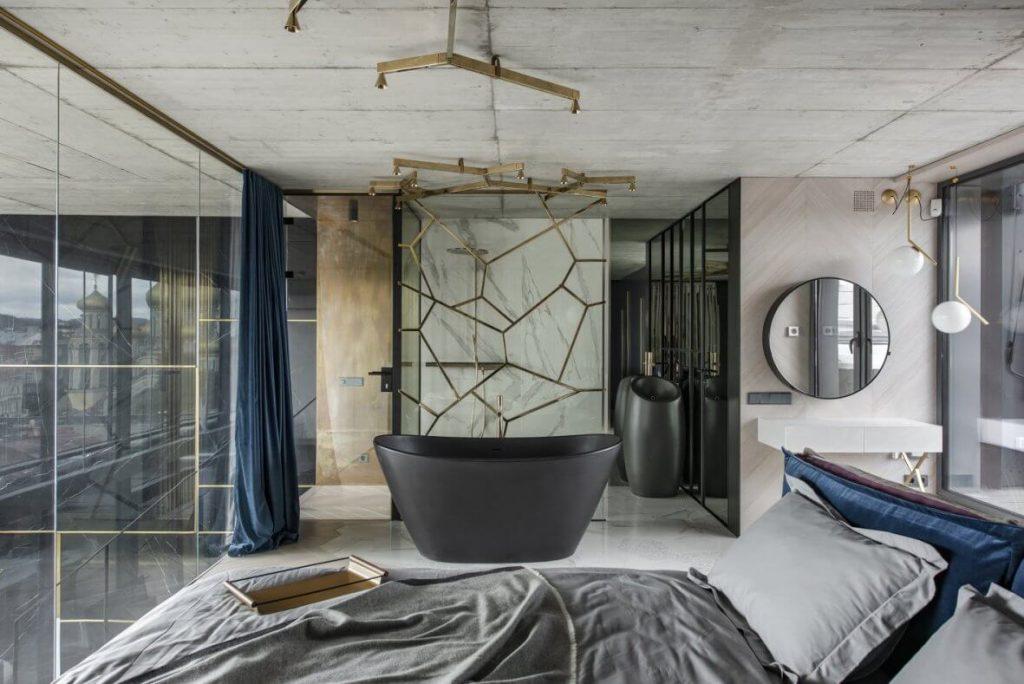 Raffiniert: Das Bad wurde in das Schlafzimmer integriert. Das Ergebnis kann sich sehen lassen. Viel Licht, viel Platz und eine luxuriöse Ausstattung versüßen die Träume.